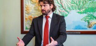 Новак: Девальвация гривны выгодна только нескольким ориентированным на экспорт финансово-промышленным группам. Для большей части простых граждан это проблема