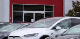 Tesla почала продавати китайські авто