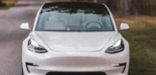 Владелец Tesla рассказал про стоимость зарядки своего электромобиля