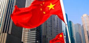 Китай в течение двух лет намерен отправить в космос 12 человек