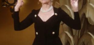 Мать Илона Маска выступила в роли конферансье на показе новой коллекции Moschino