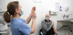 В Ужгороде будут делать прививки всем желающим