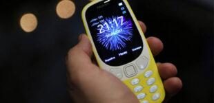 В России вырос спрос на кнопочные мобильные телефоны