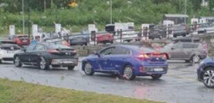 В Европе стали появляться огромные очереди на зарядку электромобилей